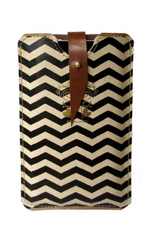 Leather iphone case by Tovicorrie Product photo