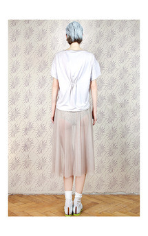 Delicate blouse by Est By Es. Product photo