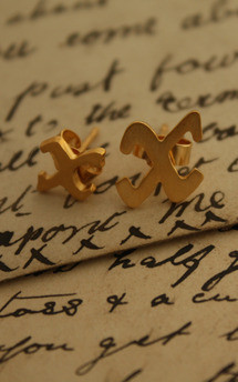 Single kiss gold vermeil studs by Nicola Crawford Jewellery Product photo