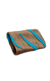 Roque icase in stone and turquoise leather by Carmen Woods Product photo