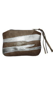 Roya purse in stone & silver leather by Carmen Woods Product photo