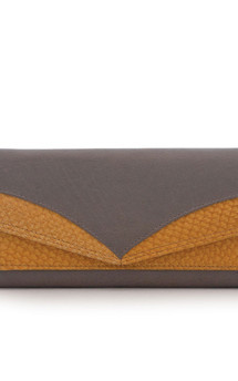 Trapeze nappa and salmon leather purse by Heidi Mottram Product photo