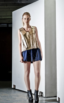 Dakota metallic tank by Manley Product photo