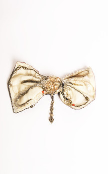Angel bow tie brooch by Anna Kompaniets Product photo