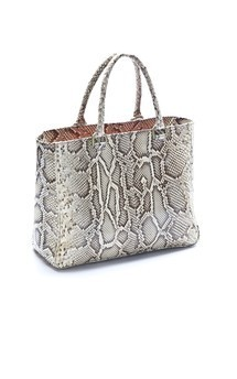 Liane by LAYKH Handbags Product photo