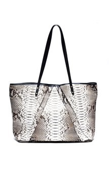 Sandra by LAYKH Handbags Product photo