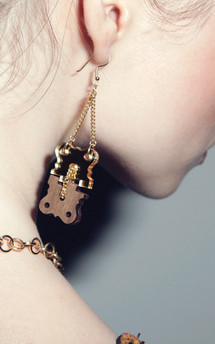 Hinges earrings  by Lili & Ida Product photo