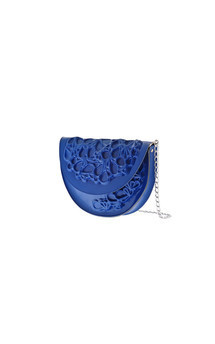 Round clutch - blue by MeDusa Product photo