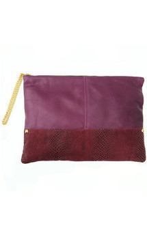 Portfolio clutch berry by Amy George Product photo